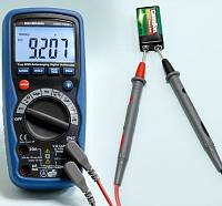 AMM-1028 Digital Multimeter - DCV Measurement