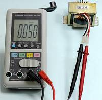 AM-1081 Hand Charger Digital Multimeter - Hz Measurement