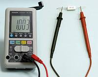 AM-1081 Hand Charger Digital Multimeter - Resistance Measurement
